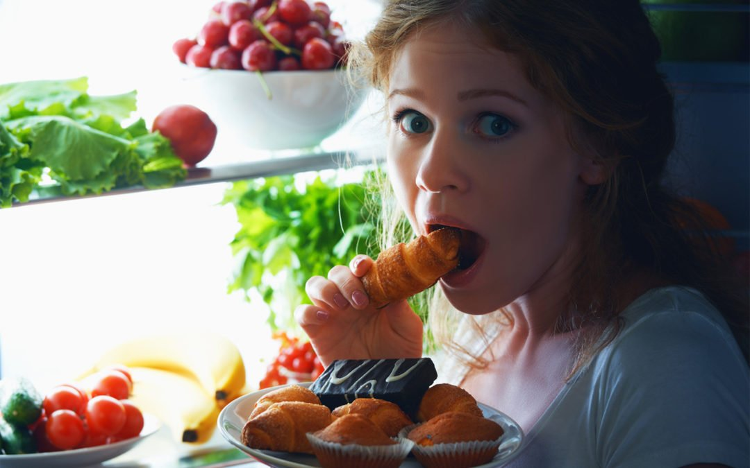 How to Stop Overeating At Night Effectively?